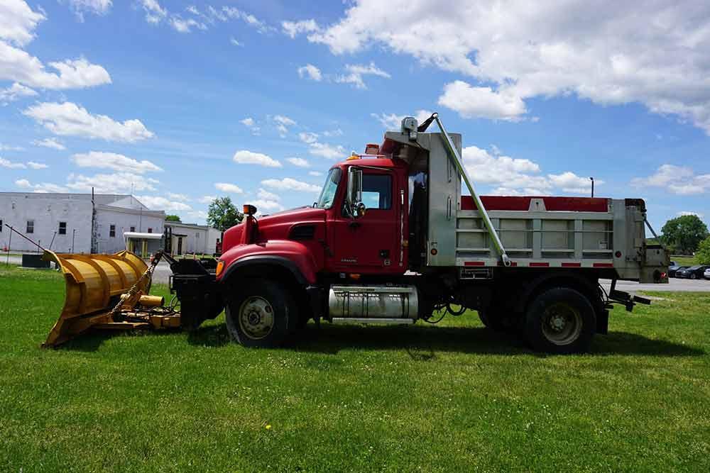 2005 Mack Dump Truck for Sale