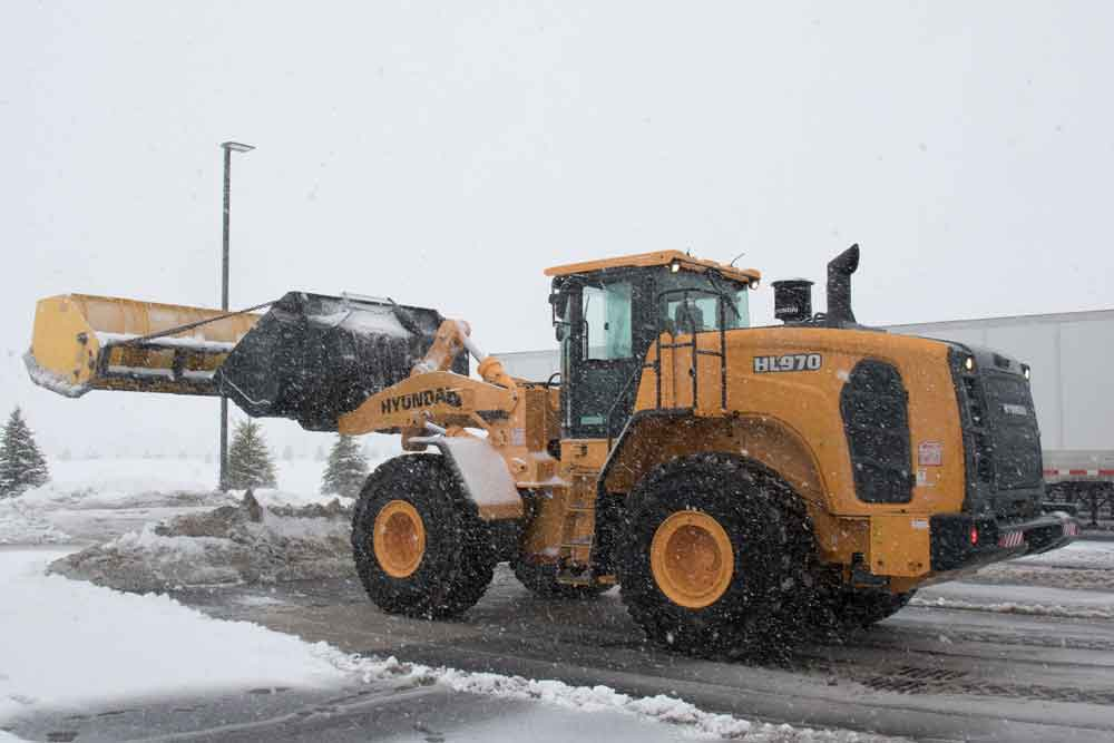 Hyundai 970 Wheel Loader for Rent